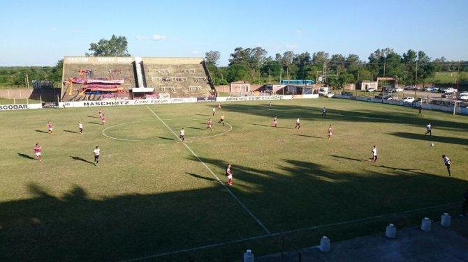 Deportivo Armenio vs Central Cordoba de Rosario.jpg