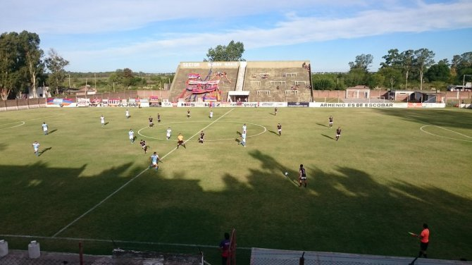 Deportivo Armenio vs JJ Urquiza